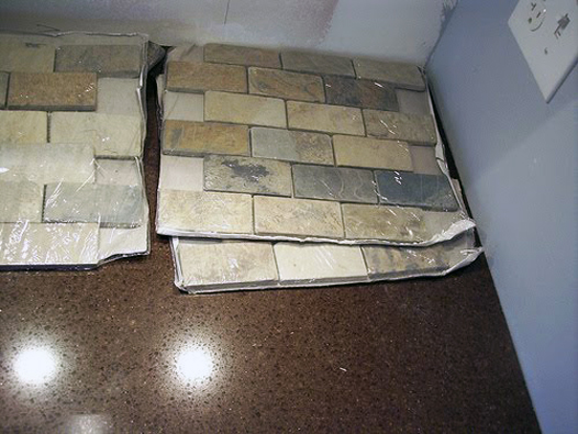 Slate Backsplash Tiles, Brown Quartz Countertops