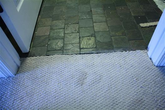 How To Meet Carpet And Tile Flooring