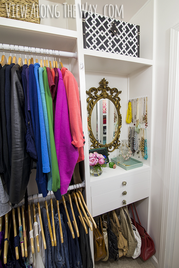Stunning DIY closet on a budget! So many DIY ideas to copy and transform your own closet!