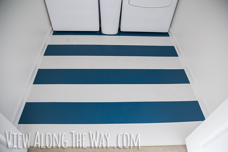 Paint vinyl floor painting linoleum floors with paint for Painting over vinyl floor