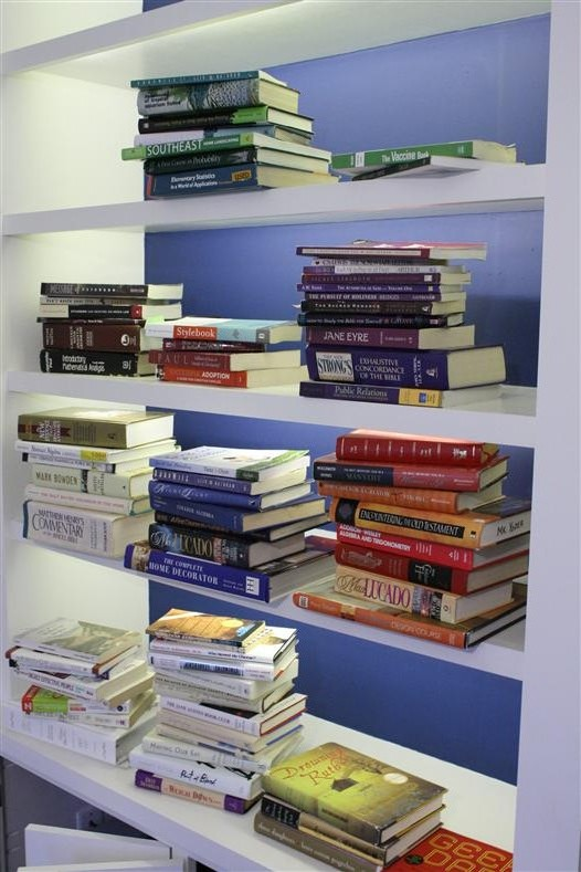 Bookshelves sorted by color